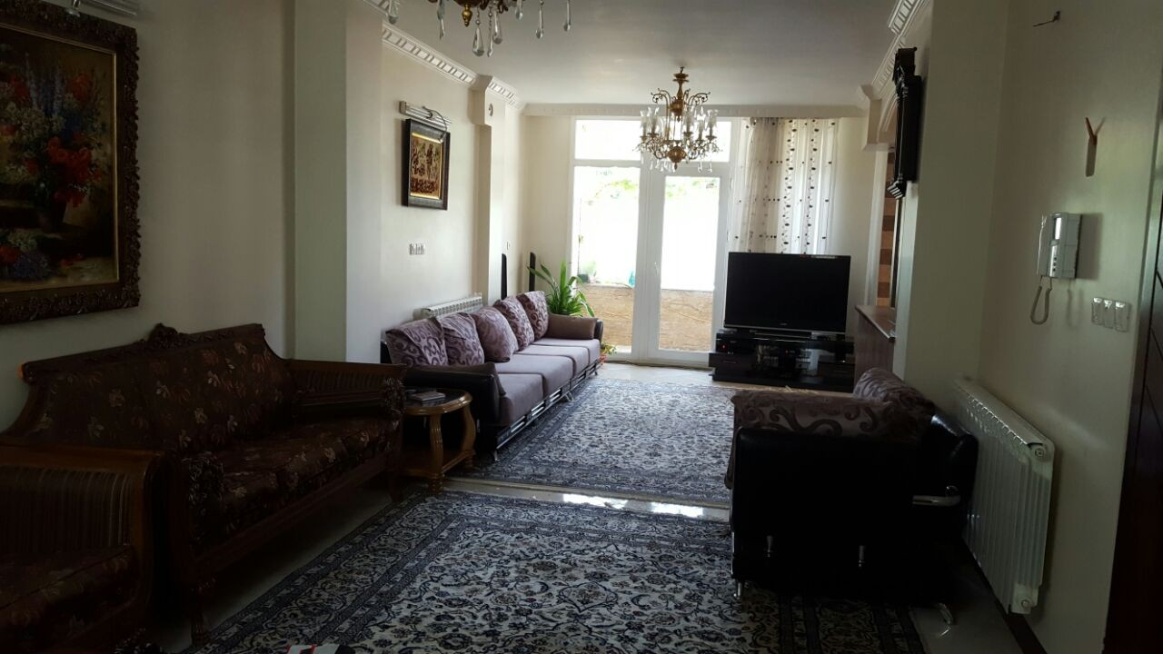 http://asreesfahan.com/AdvertisementSites/1395/06/21/main/425430702_40381.jpg