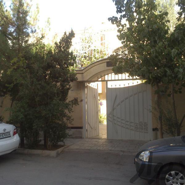 http://asreesfahan.com/AdvertisementSites/1395/07/13/main/2.jpg