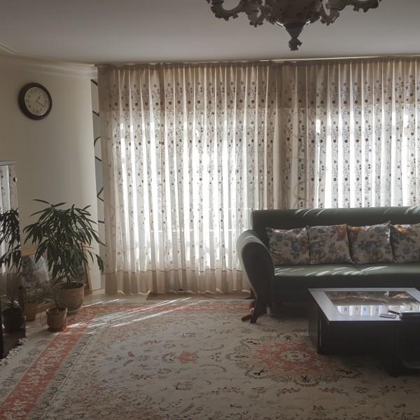 http://asreesfahan.com/AdvertisementSites/1395/08/29/main/20161015_132057.jpg