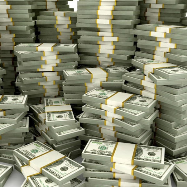 http://asreesfahan.com/AdvertisementSites/1396/07/27/main/o-piles-of-american-money-facebook.jpg