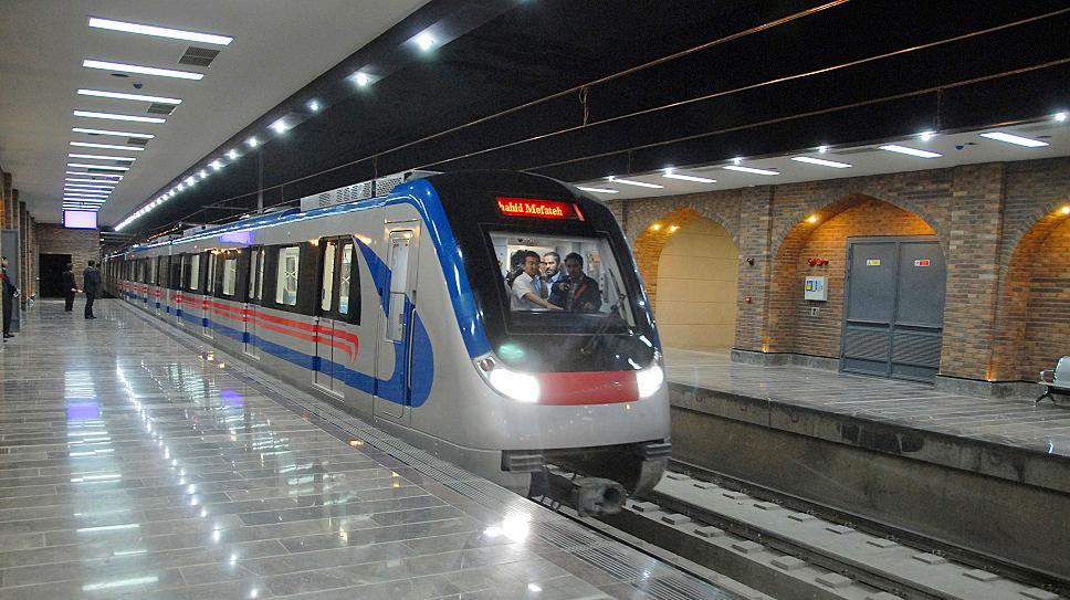 شهردار اصفهان:اتوبوس و متروی اصفهان 22 بهمن رایگان است